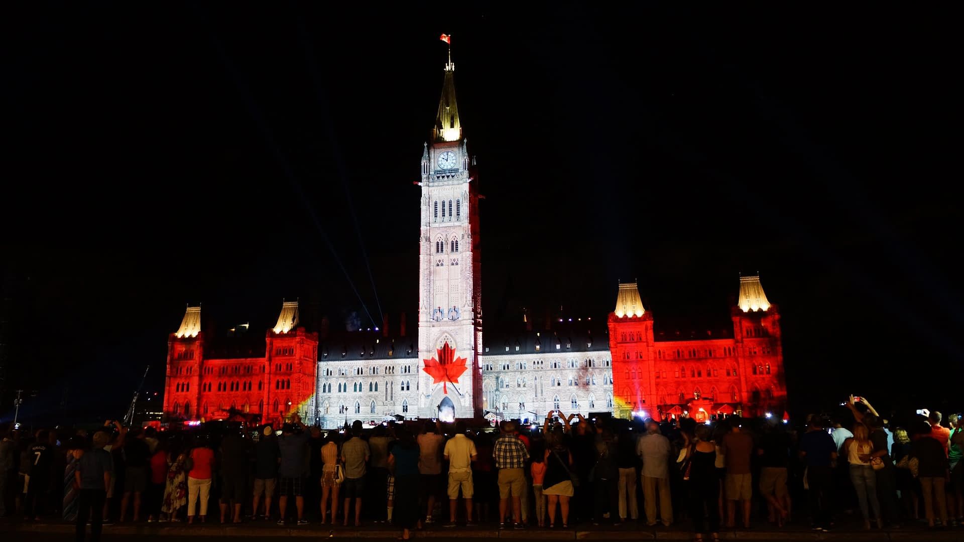 Parliament Hill Free Tours and Programming